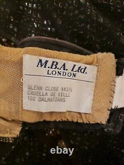 Disney's 102 Dalmatians Glenn Close Beige Gloves For Cruella De Vil Screen Worn