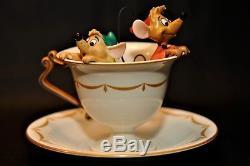Walt Disney Classics Gus & Jac in Teacup WithRoyal Doulton Plate Cinderella COA