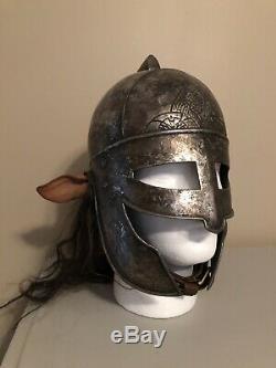 Centaur Sword & Helm Props Disney Chroniques De Narnia Peter Lyon Weta Workshop