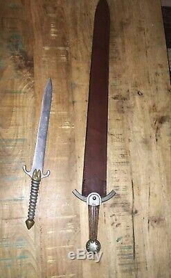 Disney Écran Usagé Vieux Prop Maison Aluminium Swords (pas Coa)