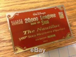 Disney / Icons 31 20 000 Lieues Sous Les Mers Réplique Du Sous-marin Nautilus Rare