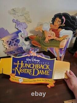 Disney The Hunchback Of Notre Dame Original Video Standee. Pour L'année 1996. Nouveauté