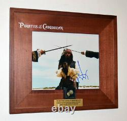 Johnny Depp Pirates Signés Du Prop De Disneie Caraïbes Pugget D'or & Coin, Coa, DVD