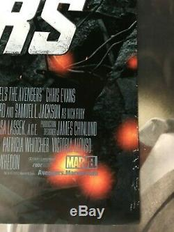 Rare Original Avengers Affiche Du Film 27 X 40 Double Face Une Feuille Disney Ds