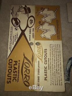 Rare Zorro 1956-1959 Plastique Cutout Paper Doll Walt Disney Studios Guy Williams