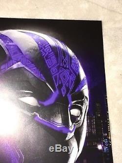 Sdcc Bande Dessinée Black Panther Marvel Disney Affiche De Film Cast Signée Chadwick Boseman